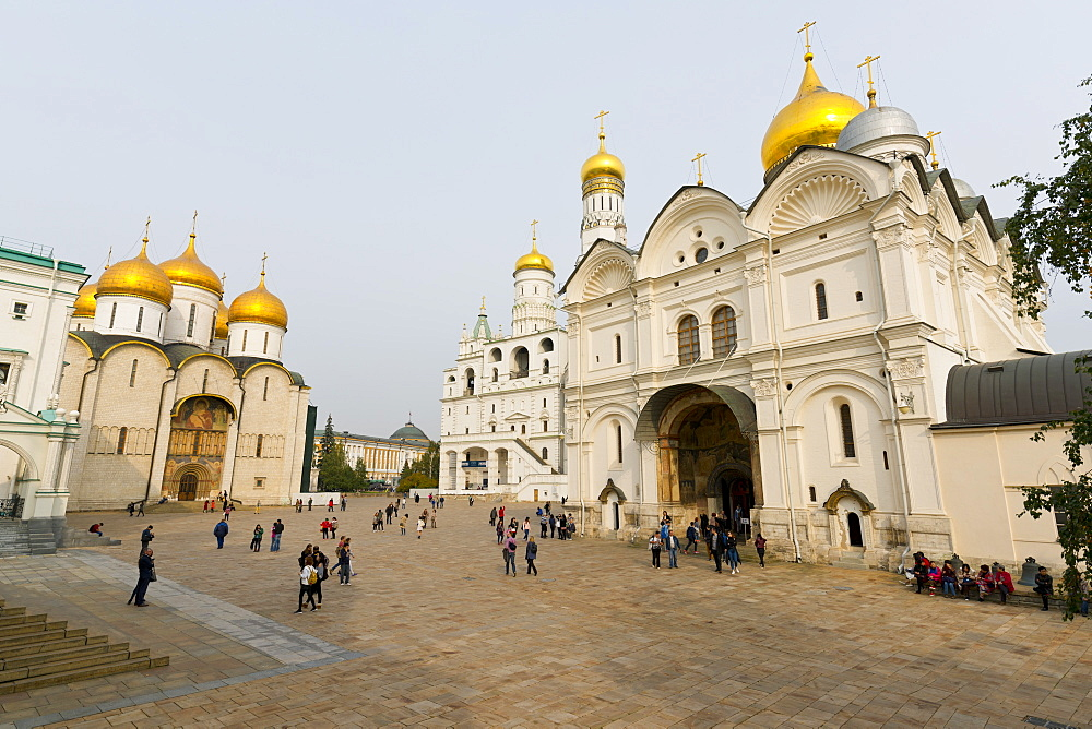 Assumption Cathedral, Ivan the Great Bell Tower, and Archangel Cathedral inside the Kremlin, UNESCO World Heritage Site, Moscow, Russia, Europe