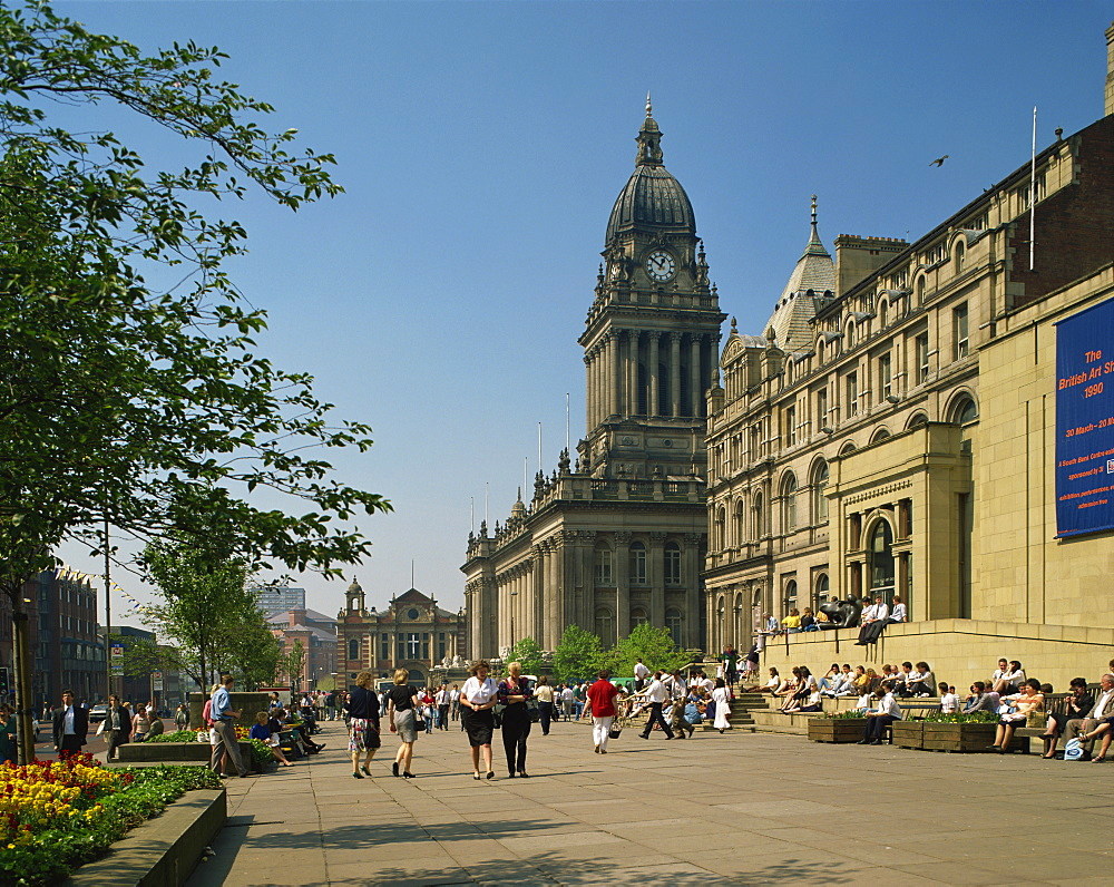 Town Hall and Art Gallery, Leeds, Yorkshire, England, United Kingdom, Europe - 114-2881