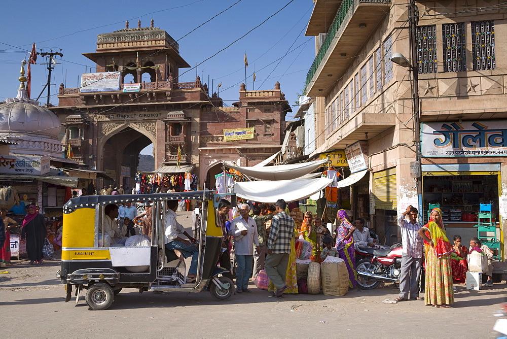 Market scene, Jodhpur, Western Rajasthan, India, Asia