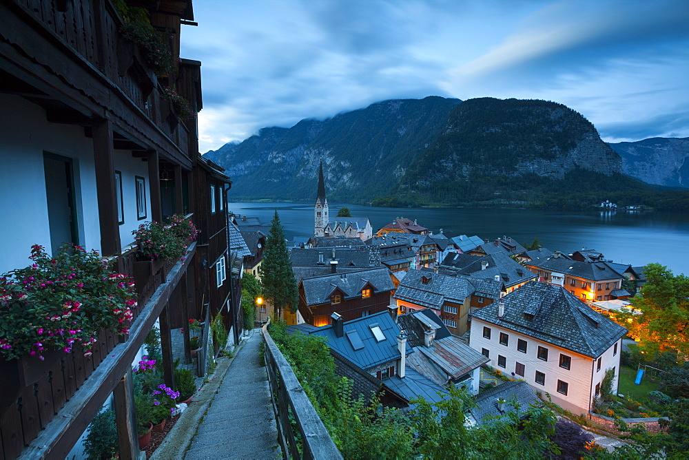 The Village of Hallstatt illuminated at dusk, UNESCO World Heritage Site, Hallstattersee, Oberosterreich (Upper Austria), Austria, Europe