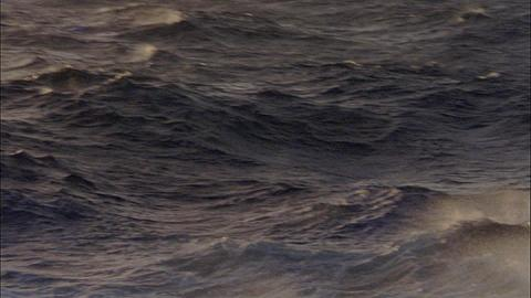 Heavy seas with large waves