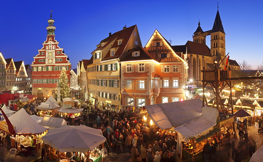 Christmas fair at the marketplace with old town hall and Sankt Dionys church, Esslingen, Baden Wurttemberg, Germany, Europe
