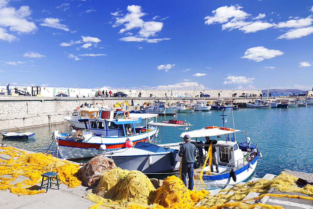 Venetian harbour, Iraklion (Heraklion) (Iraklio), Crete, Greek Islands, Greece, Europe
