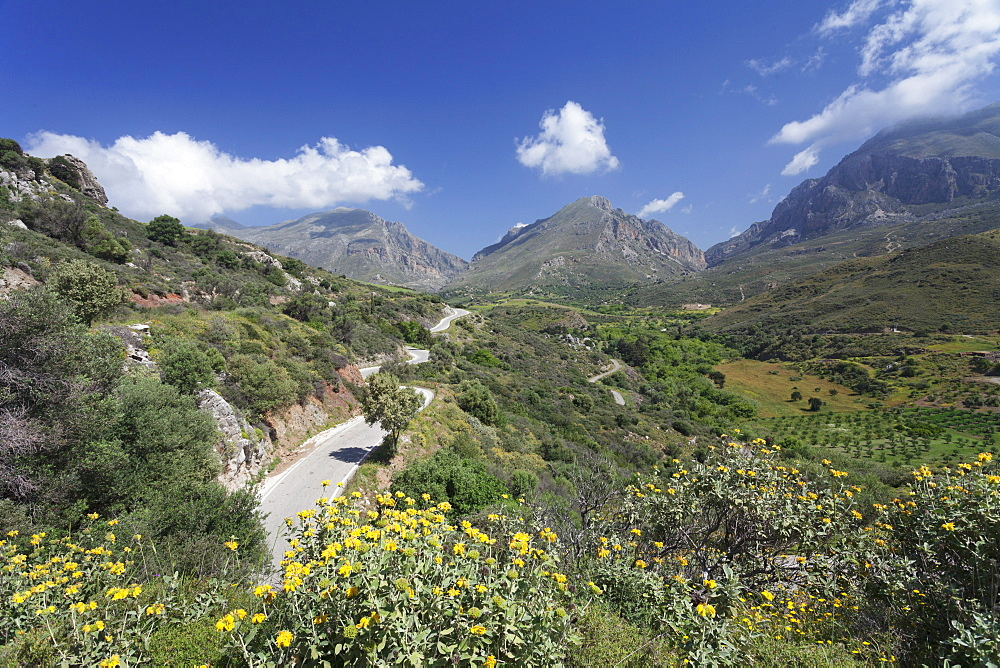Valley of Megalopotamos River, Kouroupa and Xiro Mountains, Rethymno District, Crete, Greek Islands, Greece, Europe