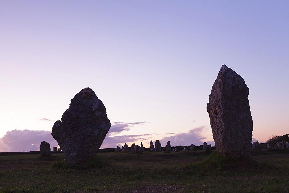 Megaliths of Alignements de Lagatjar, Camaret, Rade de Brest, Brittany, France, Europe