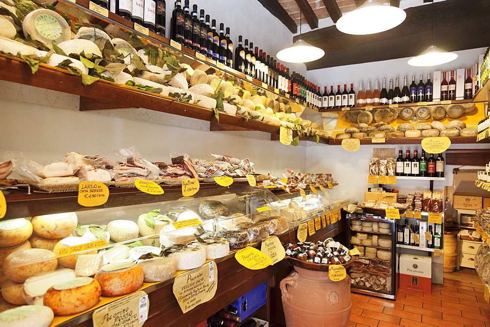 Delicacies Shop selling Pecorino Cheese and  Ricatino Bacon, Pienza, Val d'Orcia (Orcia Valley), UNESCO World Heritage Site, Siena Province, Tuscany, Italy, Europe