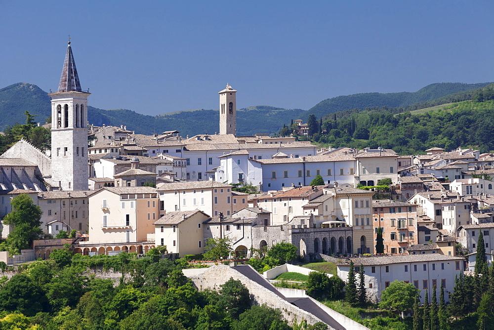 Spoleto with Santa Maria Assunta Cathedral, Spoleto, Perugia District, Umbria, Italy, Europe