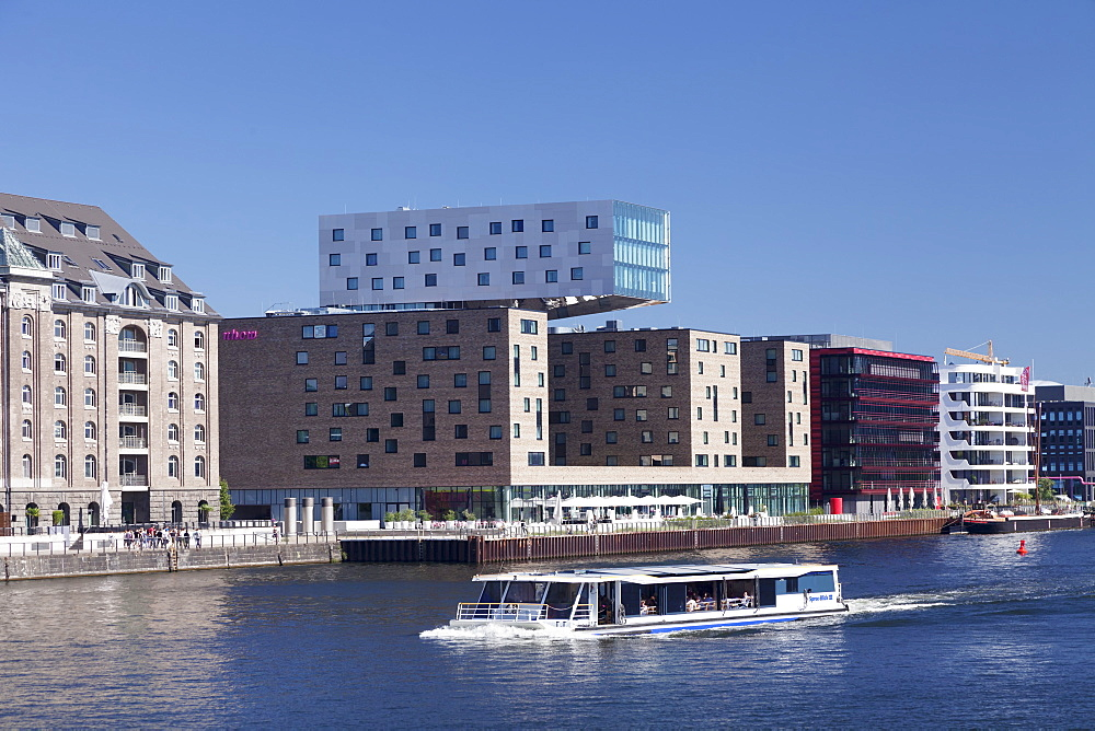 Modern architecture along the Spree River, excursion boat, Osthafen Port, Friedrichshain, Berlin, Germany, Europe