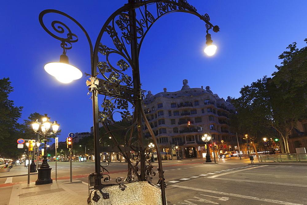 Casa Mila (La Pedrera), architect Antonio Gaudi, Modernisme, UNESCO World Heritage Site, Eixample, Barcelona, Catalonia, Spain, Europe