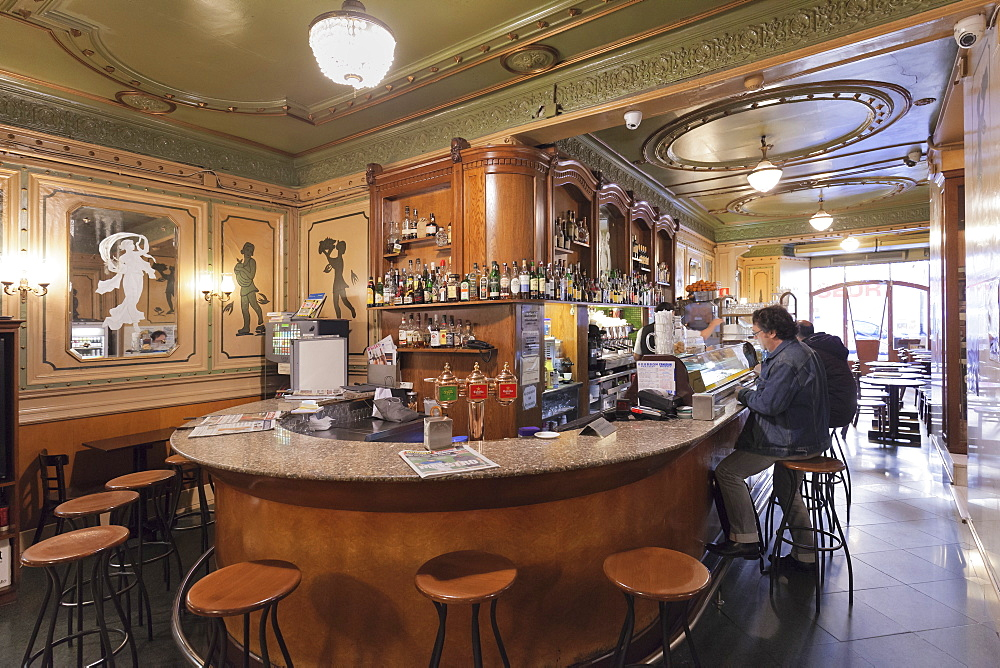 Art Nouveau Cafe de l'Opera, La Rambla (Les Ramblas), Barcelona, Catalonia, Spain, Europe