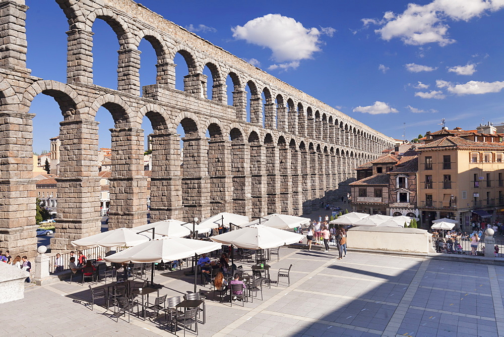 Roman Aqueduct, UNESCO World Heritage Site, Segovia, Castillia y Leon, Spain, Europe