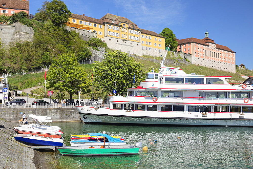 Passenger ferry below the New Castle, Meersburg, Lake Constance, Baden-Wuerttemberg, Germany
