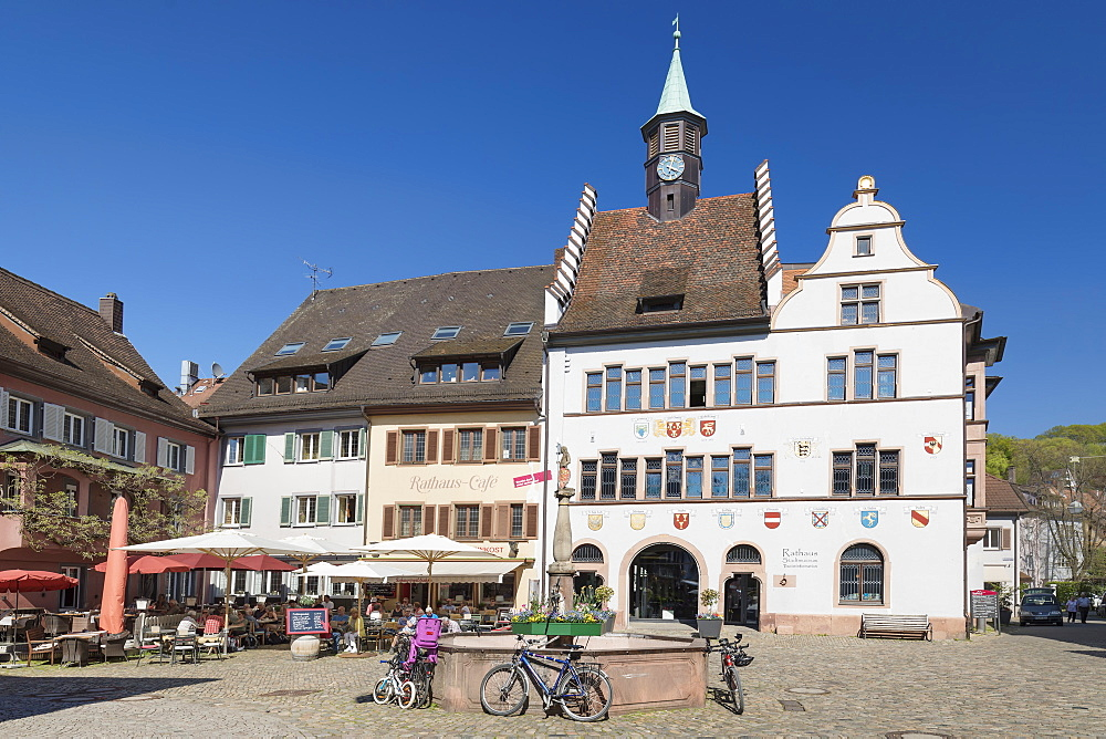 Twonhall and marketplace, Staufen im Breisgau, Black Forest, Baden-Wuerttemberg, Germany