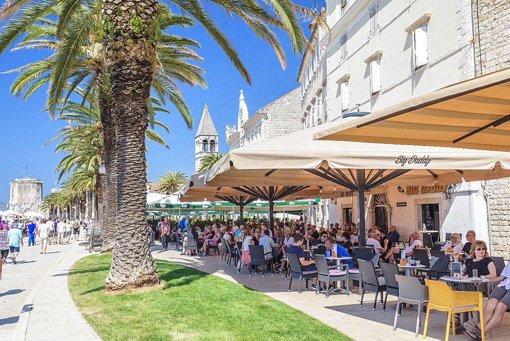 Street Cafes at Riva Promenade, Trogir, UNESCO World Heritage Site, Dalmatia, Croatia, Europe