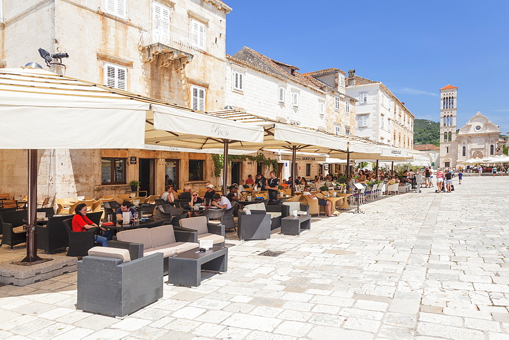 Restaurants at the Main Square with Sveti Stjepan Cathedral, Hvar, Hvar Island, Dalmatia, Croatia, Europe