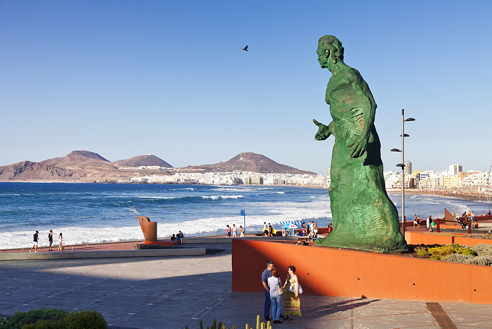 Sculpture at Alfredo Kraus Auditorium, Playa de las Canteras, Las Palmas, Gran Canaria, Canary Islands, Spain, Atlantic, Europe