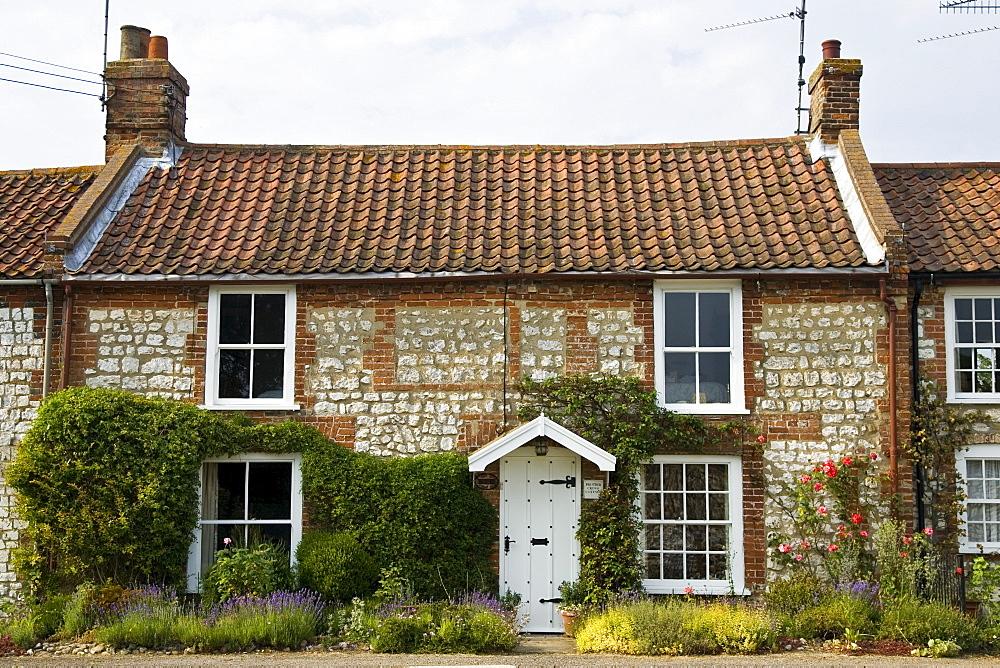Traditional Norfolk brick and flint home near Burnham Market, Holkham, UK