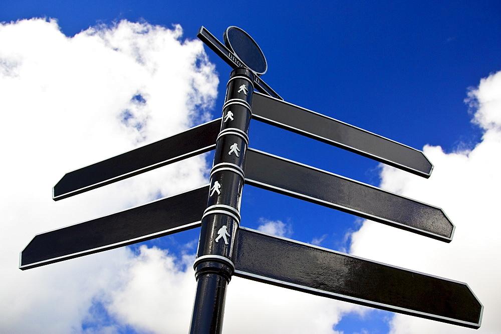 Direction sign, United Kingdom
