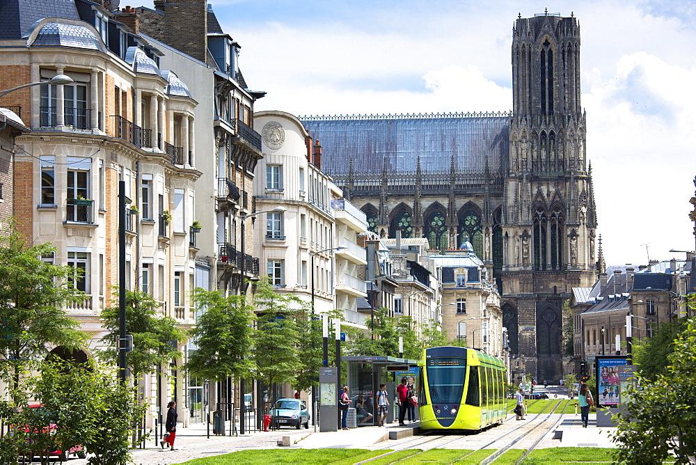 Modern tram in Cours de Jean-Baptiste Langlet in Reims, Champagne-Ardenne, France, Europe