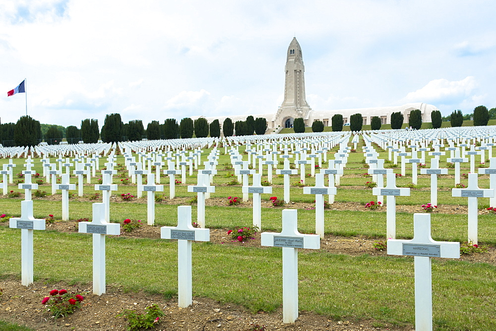 Cemetery of Douaumont and the ossuary, Ossuaire de Douaumont, at Fleury-devant-Douaumont near Verdun, Meuse, Lorraine,France, Europe