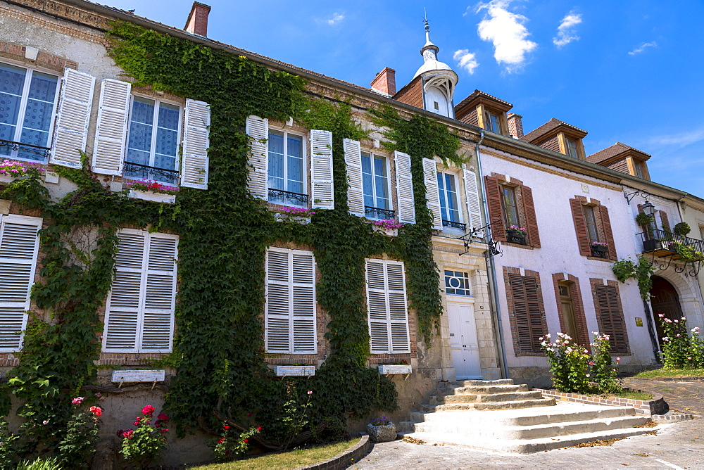 Traditional French house with shutters in Hautvillers near Epernay, Champagne-Ardenne, France, Europe