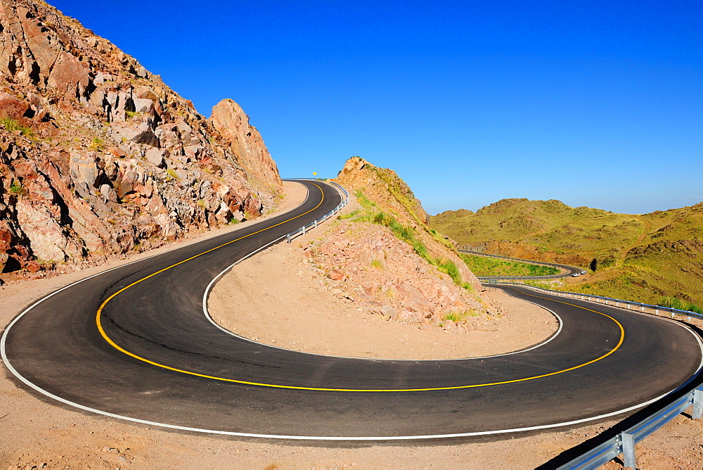 Road, San Luis province, Argentina, South America