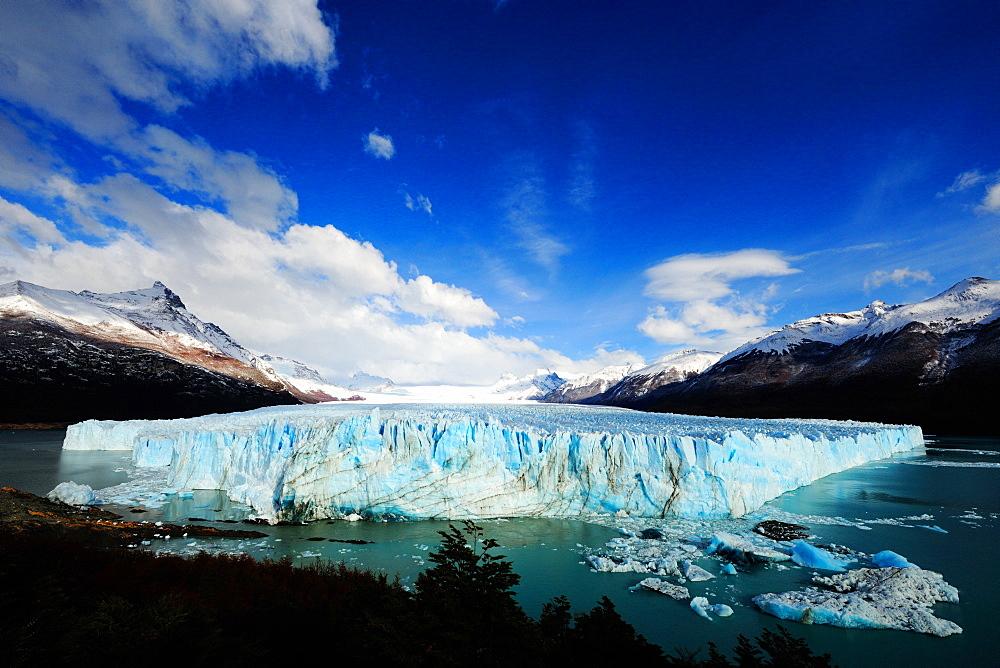 Perito Moreno Glacier, Los Glaciares National Park, UNESCO World Heritage Site, Santa Cruz, Patagonia, Argentina, South America