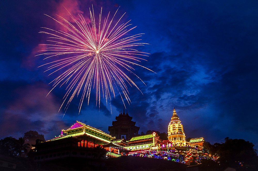 Fireworks celebrating Chinese New Year, Kek Lok Si Temple, Penang, Malaysia, Southeast Asia, Asia  - 1163-21
