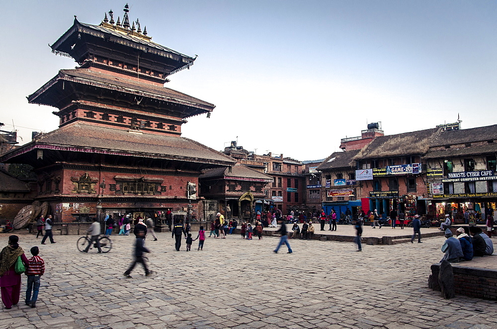 Bhairabnath Temple and Taumadhi Tole, Bhaktapur, UNESCO World Heritage Site, Nepal, Asia  - 1163-88
