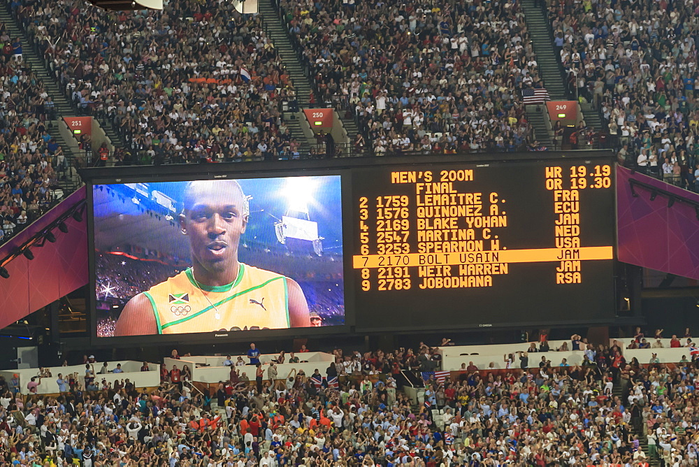 Stadium big screen shows Usain Bolt and finalists' names before Men's 200m final, London 2012, Olympic Games, London, England, United Kingdom, Europe