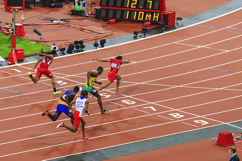 Aries Merritt, United States, crosses finish line, Men's 110m hurdles final, Stadium, London 2012, Olympic Games, London, England, United Kingdom, Europe