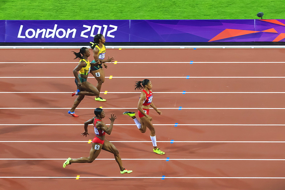 Allyson Felix, United States, powers to victory, Women's 200m final, Stadium, London 2012, Olympic Games, London, England, United Kingdom, Europe