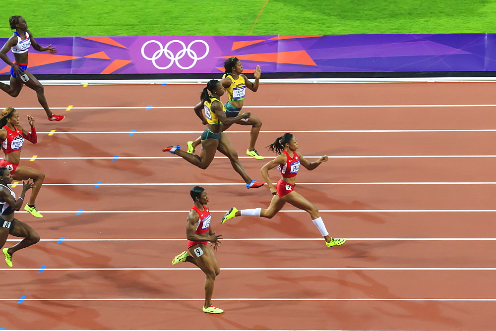 Allyson Felix, United States, powers to win gold medal, Women's 200m final, Stadium, London 2012, Olympic Games, London, England, United Kingdom, Europe