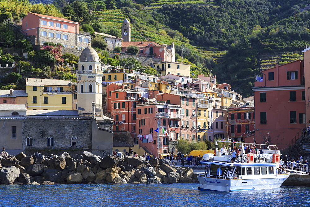Colourful village houses, churches and ferry, Vernazza, Cinque Terre, UNESCO World Heritage Site, Ligurian Riviera, Liguria, Italy, Europe