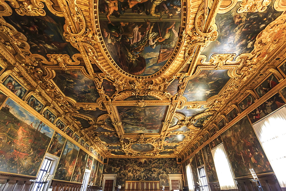 Hall of the Great Council (Sala del Maggior Consiglio), Doge's Palace, Venice, UNESCO World Heritage Site, Veneto, Italy