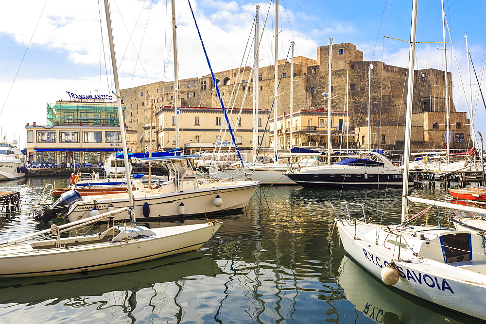 Yachts in the Borgo Marinaro and Castel dell Ovo fortress, Chiaia, City of Naples, Campania, Italy, Europe