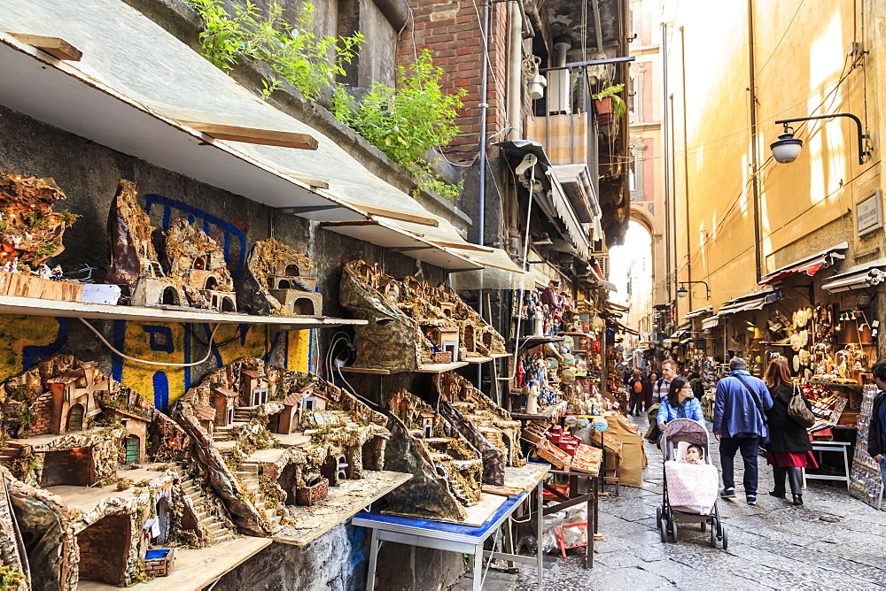 Via San Gregorio Armeno, famous for presepi (Christmas cribs), City of Naples Historic Centre, UNESCO World Heritage Site, Naples, Campania, Italy, Europe