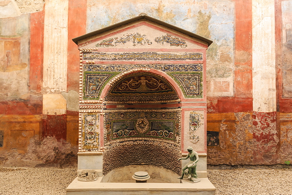 Mosaic and shell fountain, House of the Small Fountain, Roman Pompeii, UNESCO World Heritage Site, near Naples, Campania, Italy, Europe