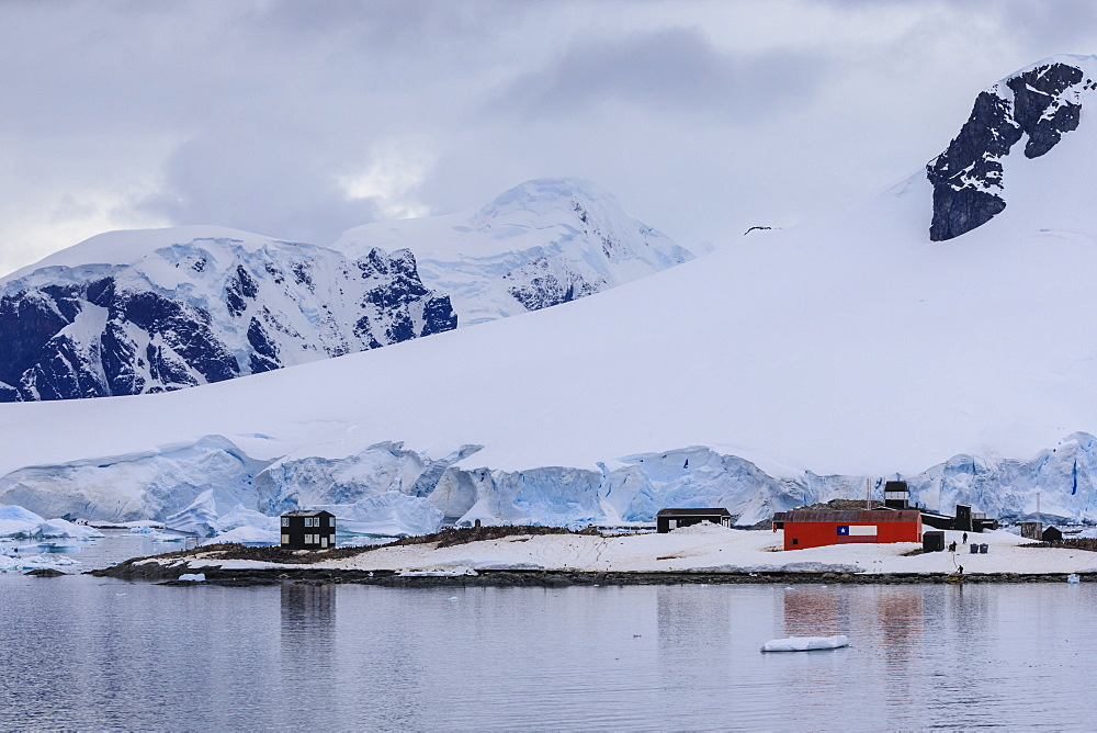 Chilean Gonzalez Videla Station from Paradise Bay, mountains and glaciers, Waterboat Point, Antarctic Peninsula, Antarctica, Polar Regions