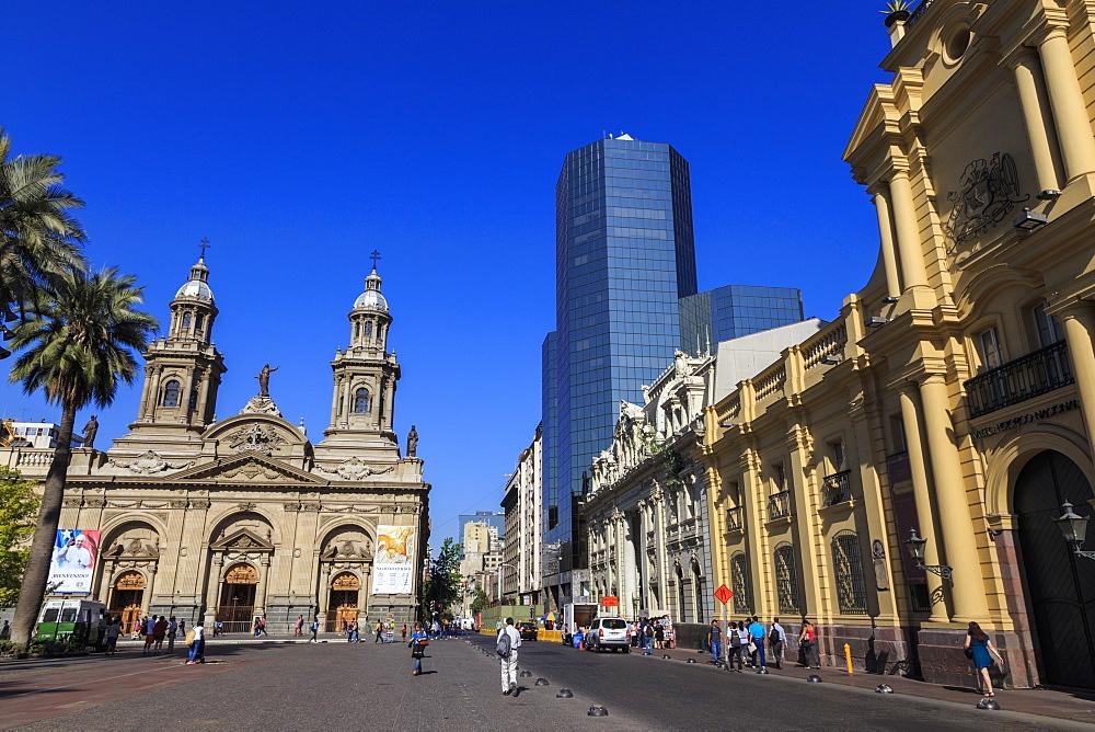 Metropolitan Cathedral and Museo Historico Nacional, Plaza de Armas, Santiago Centro, Santiago de Chile, Chile, South America