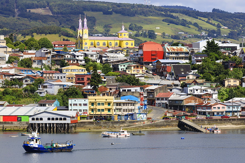 Castro, from the sea, Iglesia San Francisco de Castro, UNESCO World Heritage Site, fishing boats, Isla Grande de Chiloe, Chile, South America