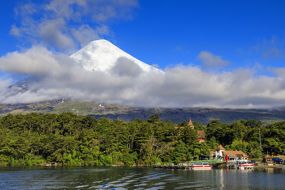 Petrohue, snow-capped, conical Osorno volcano, Lake Todos Los Santos, Vicente Perez Rosales National Park, Lakes District, Chile, South America