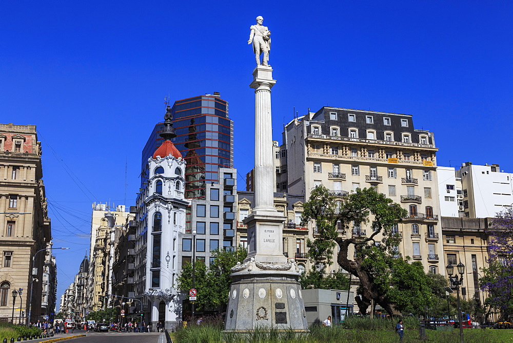 Statue, leafy Plaza Lavalle, location of Teatro Colon, Congreso and Tribunales, Buenos Aires, Argentina, South America - 1167-1895