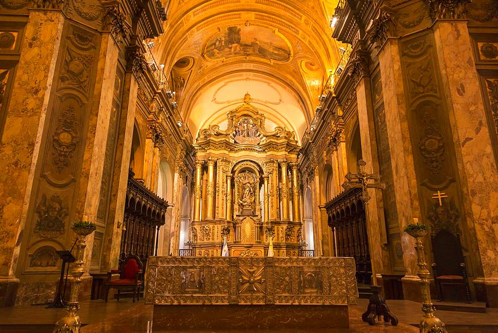 Interior of Catedral Metropolitana (Metropolitan Cathedral), Plaza de Mayo, The Center, Buenos Aires, Argentina, South America