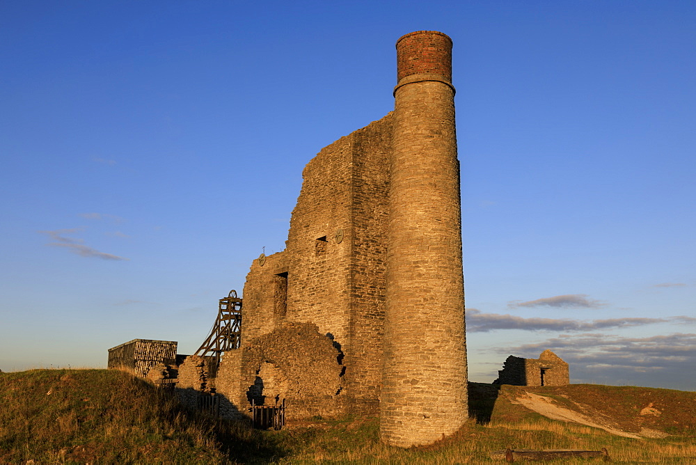Cornish Engine House, Magpie Mine, historic lead mine, National Monument, Peak District National Park, Derbyshire, England, United Kingdom, Europe