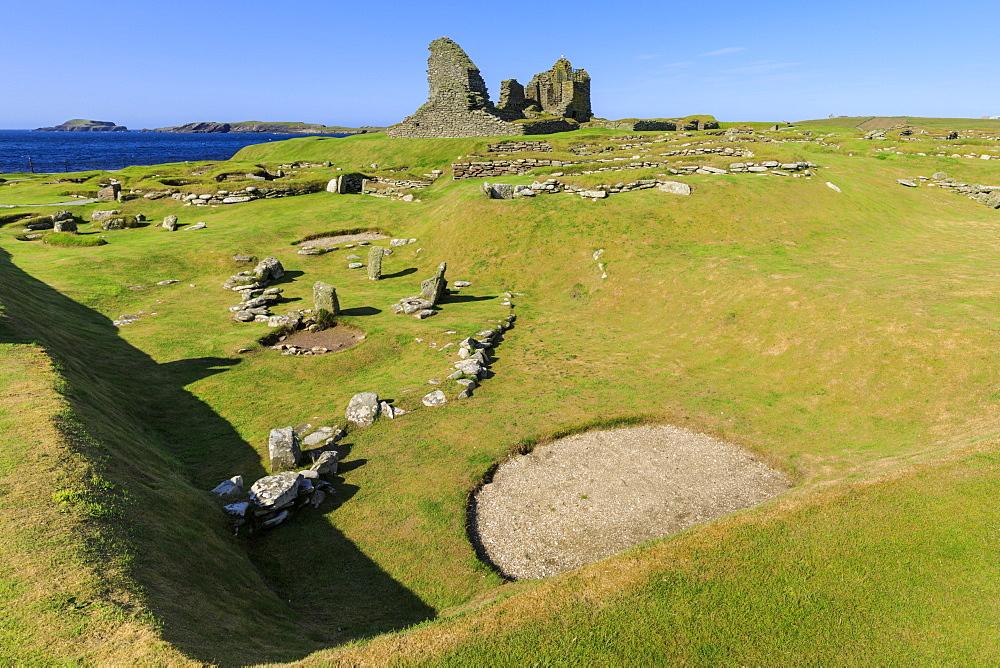 Jarlshof Prehistoric and Norse Settlement, 4000 years old, Sumburgh Head, Mainland, Shetland Islands, Scotland, United Kingdom, Europe - 1167-1923