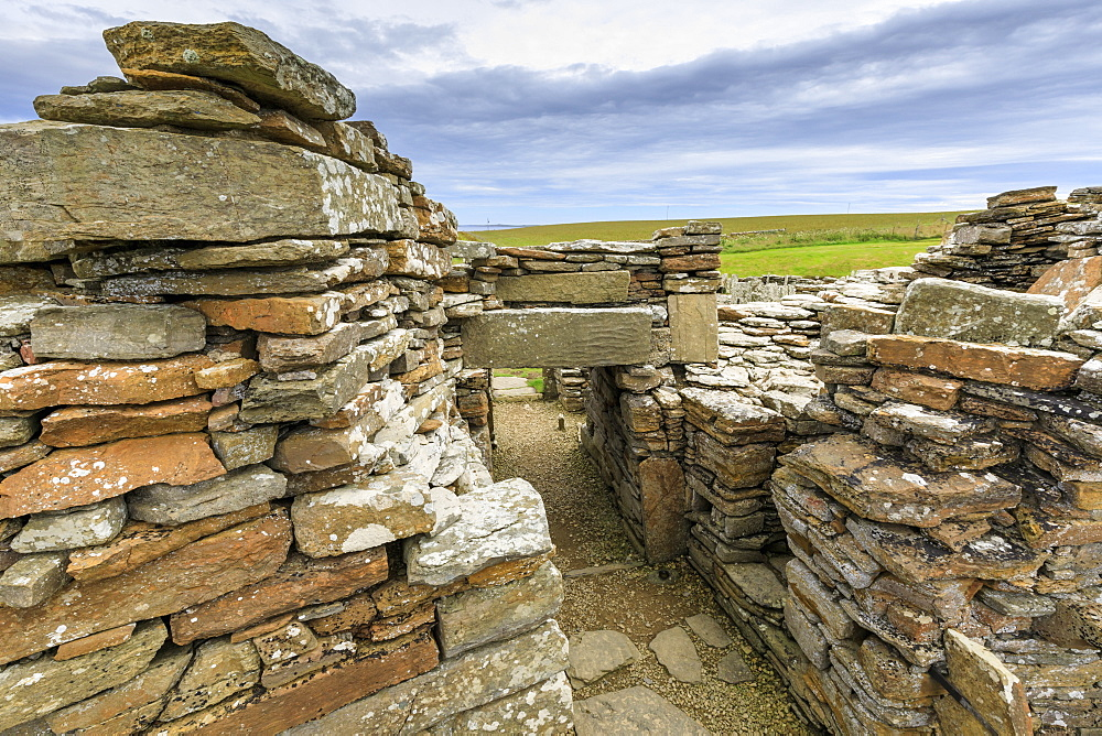 Broch of Gurness interior, Iron Age complex, prehistoric settlement, Eynhallow Sound, Orkney Islands, Scotland, United Kingdom
