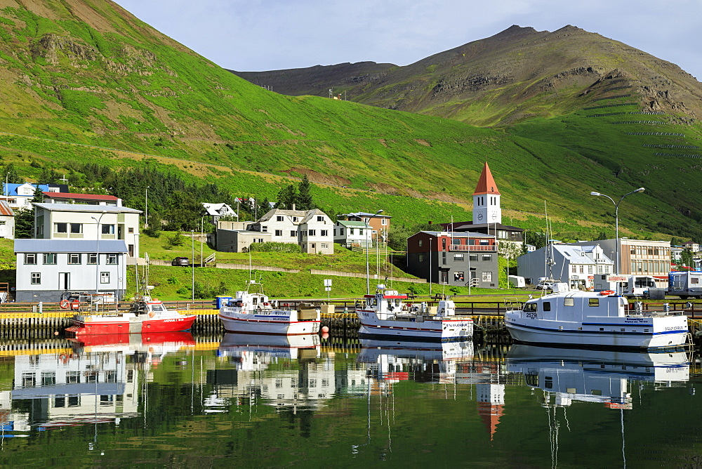 Town, mountains and fishing boats, Siglufjordur, (Siglufjorour), stunning Summer weather, North Iceland, Europe