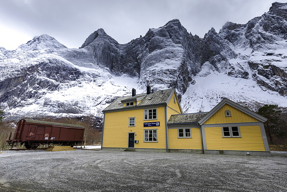 Trollveggen (Troll Wall), Rauma Railway station, Romsdalen Valley, mountains in winter, More Og Romsdal, Norway, Scandinavia, Europe