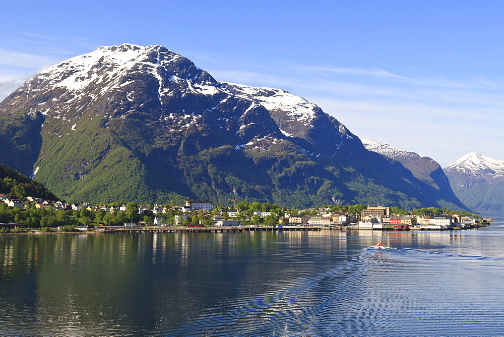 Snow capped mountains of Andalsnes in summer, Andalsnes, Romsdalsfjord, Norway, Scandinavia, Europe